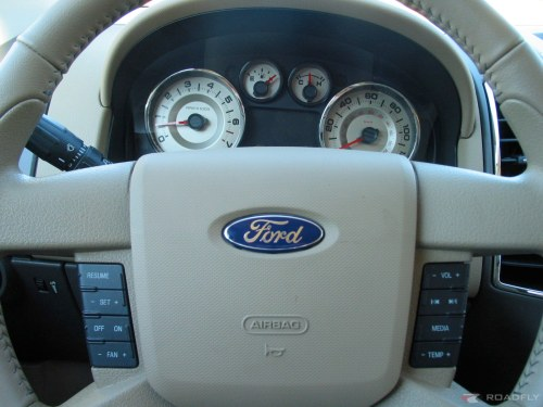 ford-edge-steering-wheel